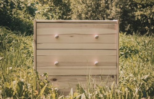 searching for a chest of drawers